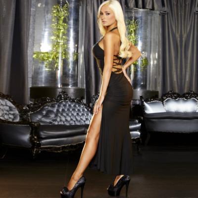שמלת ערב סקסית עם פתח ברגל